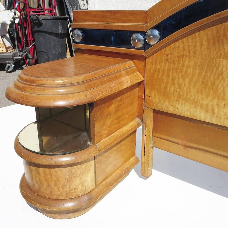 Art deco ocean liner bedroom set at 1stdibs for Bedroom furniture 90036