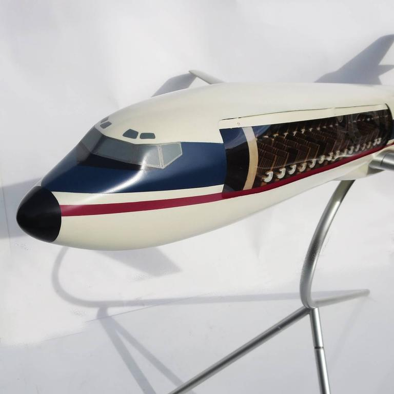 Massive Boeing 727 Cutaway Jet Model for Avensa Airlines 2