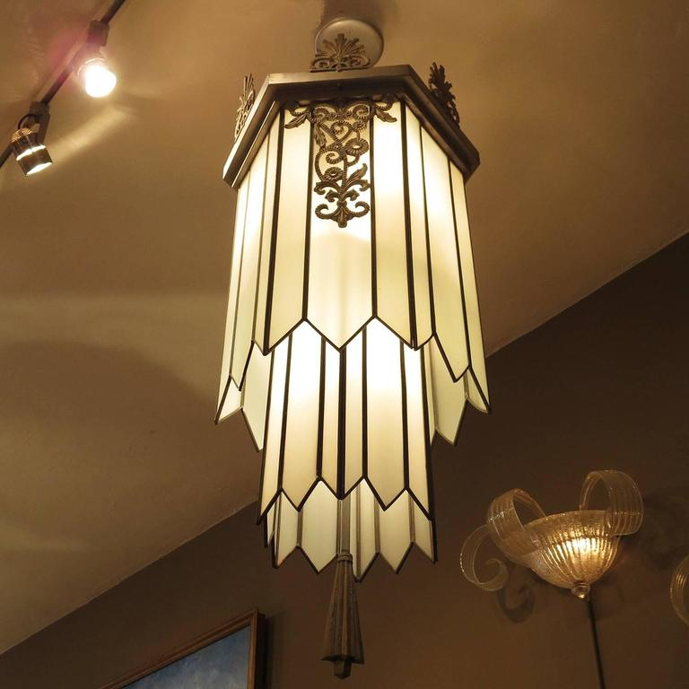 Mid-20th Century Art Deco Stepped Theater Chandelier For Sale