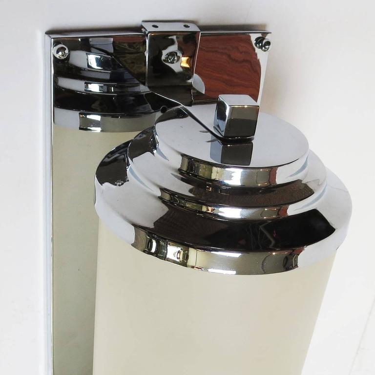 Mid-20th Century RKO Pictures Large Art Deco Wall Sconce For Sale