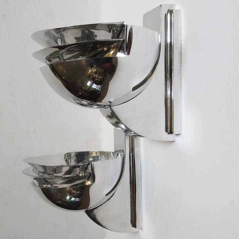 Elegant Art Deco Wall Sconces in Polished Aluminium 2