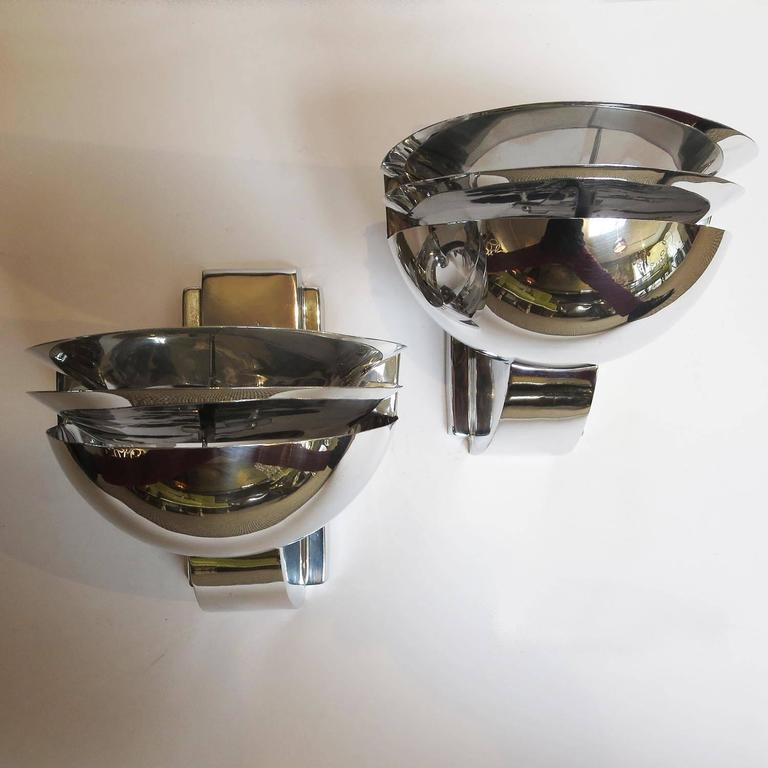Elegant Art Deco Wall Sconces in Polished Aluminium 3
