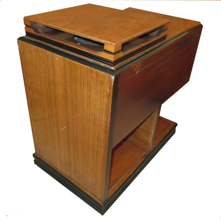 1938 Zenith Art Deco Chairside Radio 6