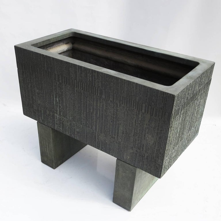 Forms and Surfaces Bronzed Fiberglass Planter with Optional Pedestal Legs 3