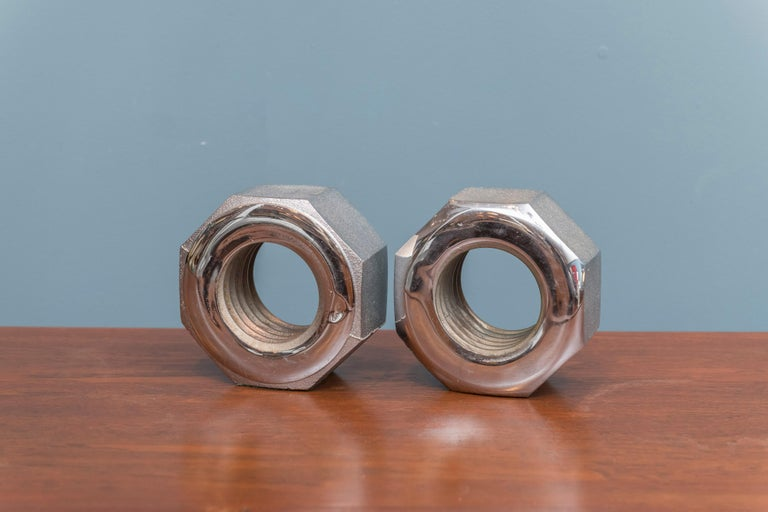Bill Curry Design Line Nut Bookends Steel Signed California, USA, 1970s For Sale