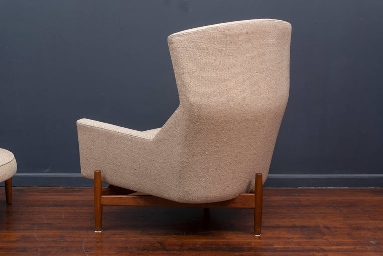 Mid-20th Century Jens Risom Lounge Chair and Ottoman For Sale