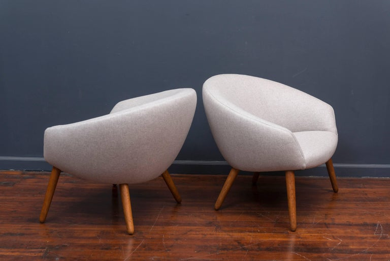 Oak Nanna Ditzel AP 26 Lounge Chairs For Sale