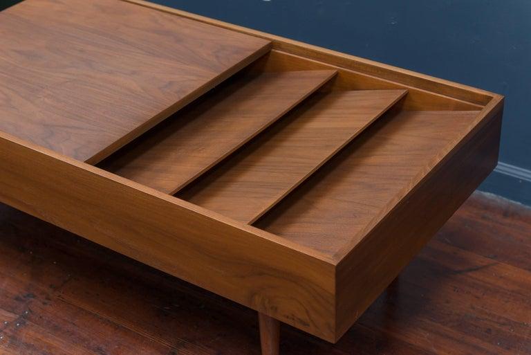 Mid-Century Modern Milo Baughman Mid Century Coffee Table for Glennn of California For Sale