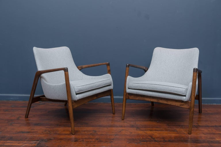 Ib Kofod-Larsen Lounge Chairs For Sale 1