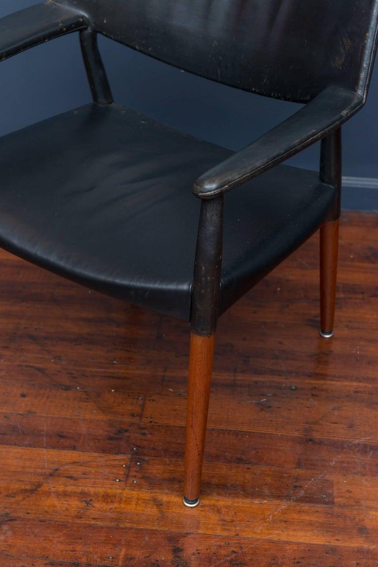 Danish Ejner Larsen & Askel Bender Madsen Lounge Chair for Willy Beck For Sale