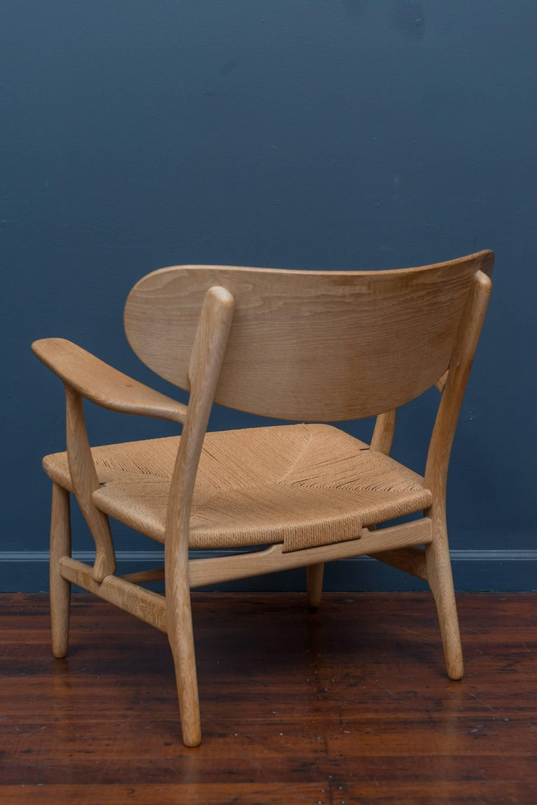 Mid-20th Century Hans Wegner CH 22 Easy Chair For Sale