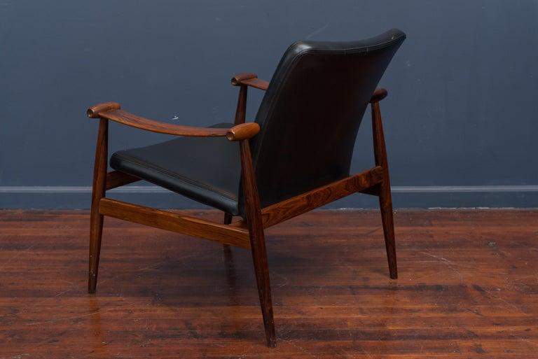 Finn Juhl Rosewood Spade Chair Model FD133 For Sale 3