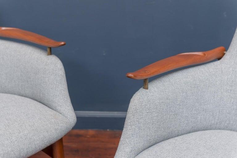 Scandinavian Modern Finn Juhl NV53 Lounge Chairs for Niels Vodder For Sale