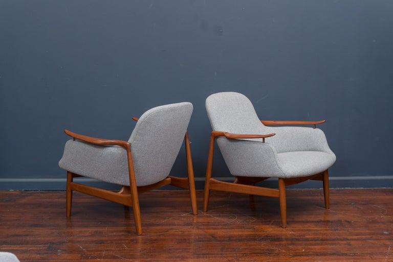Teak Finn Juhl NV53 Lounge Chairs for Niels Vodder For Sale