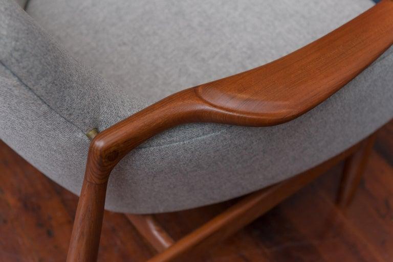 Finn Juhl NV53 Lounge Chairs for Niels Vodder For Sale 3