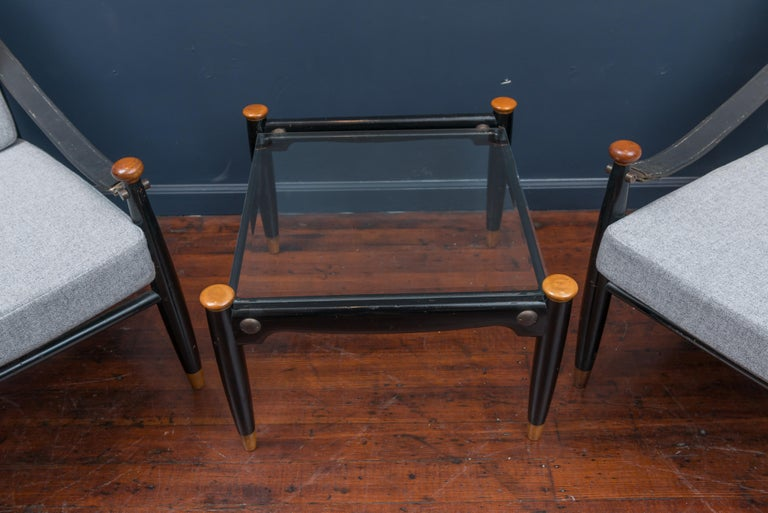 Mid-Century Modern Lounge Chairs and Table For Sale 2