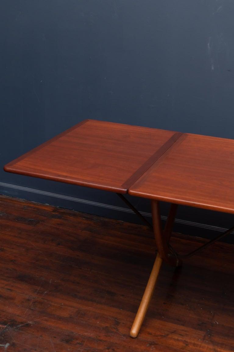 Scandinavian Modern Hans Wegner Sabre Leg Dining Table Model AT-304 For Sale