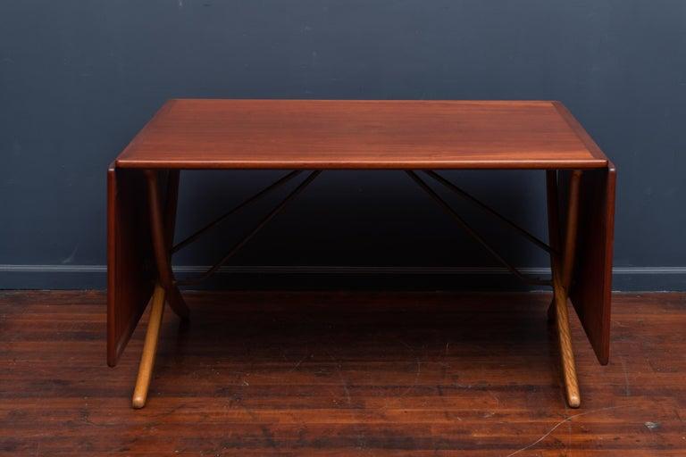 Hans Wegner Sabre Leg Dining Table Model AT-304 For Sale 2