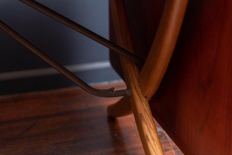 Hans Wegner Sabre Leg Dining Table Model AT-304 For Sale 3