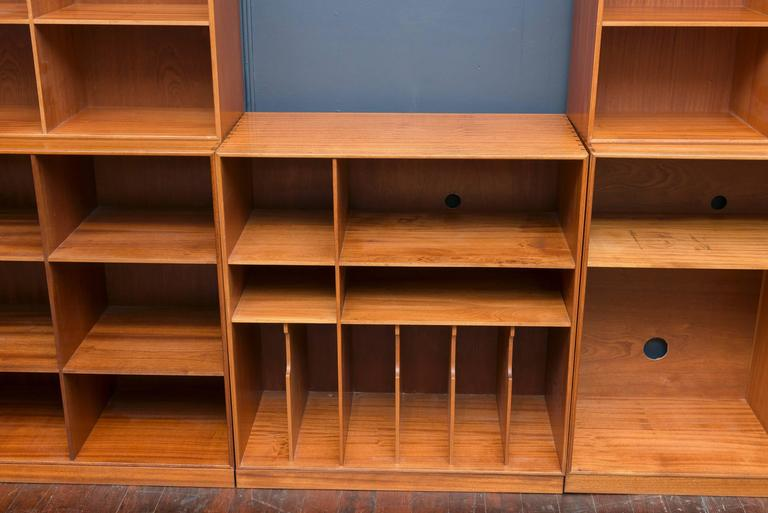 Five-piece mahogany bookcase made by Mogens Koch, Denmark. Originally used as a Hi-Fi unit with electrical access for components, perfect for a living room or office. Made by Rud Rasmussen.