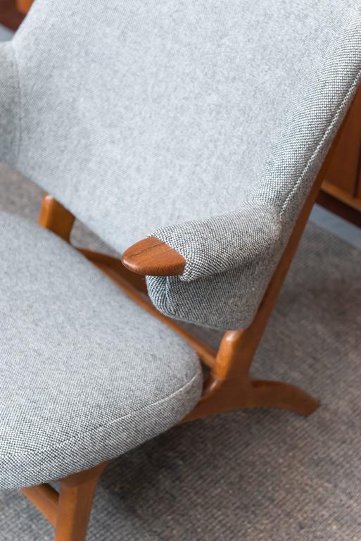 Scandinavian Modern Lounge Chair 4