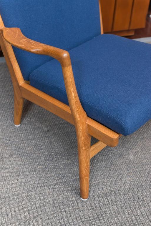 Scandinavian Modern Hans J Wegner Lounge Chair, Model AP 16 For Sale