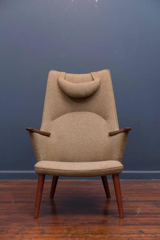 Scandinavian Modern Hans Wegner AP-27 Armchair For Sale
