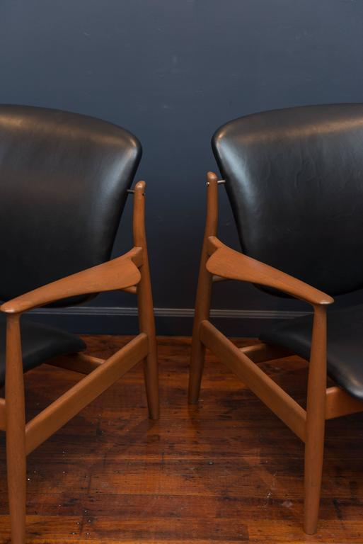 Pair of Finn Juhl design teak lounge chairs for France & Son, Denmark. Newly refinished frames and upholstered in high quality leather, super comfy.
