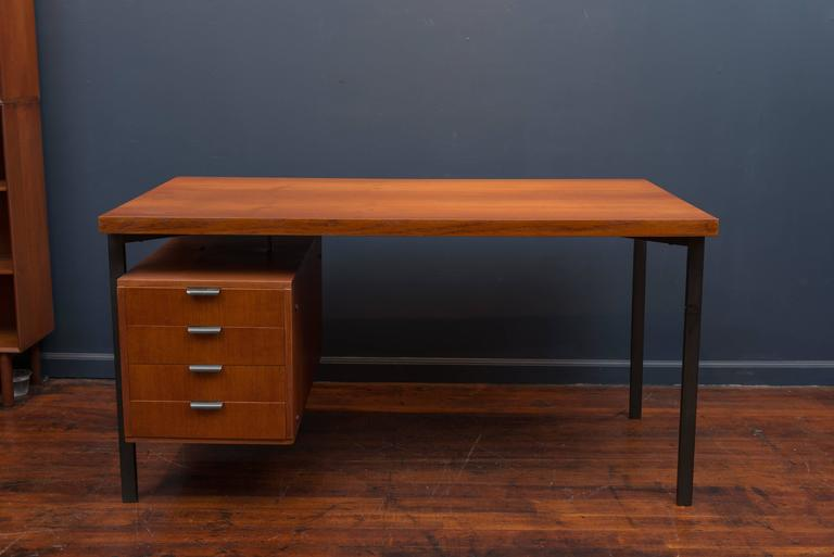 Herbert Hirche Desk for Christian Holzapfel In Excellent Condition For Sale In San Francisco, CA