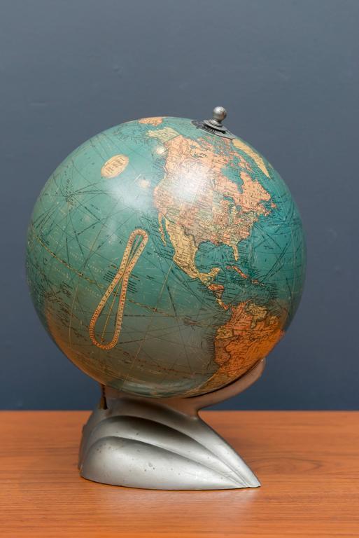 globe terrestre deco decoration interieur globe terrestre. Black Bedroom Furniture Sets. Home Design Ideas