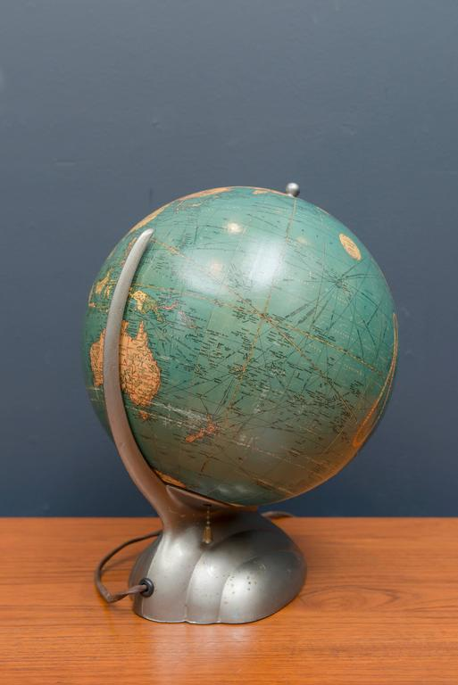 art deco desk globe for sale at 1stdibs. Black Bedroom Furniture Sets. Home Design Ideas