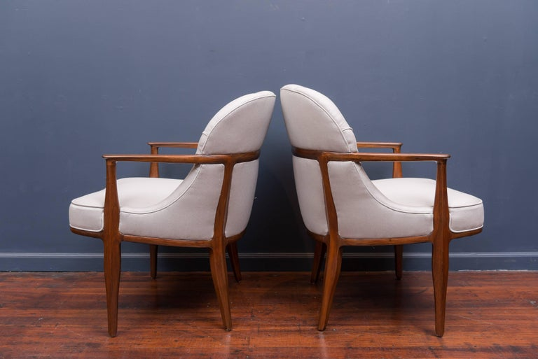 Pair of Janus Lounge Chairs by Edward Wormley for Dunbar 3