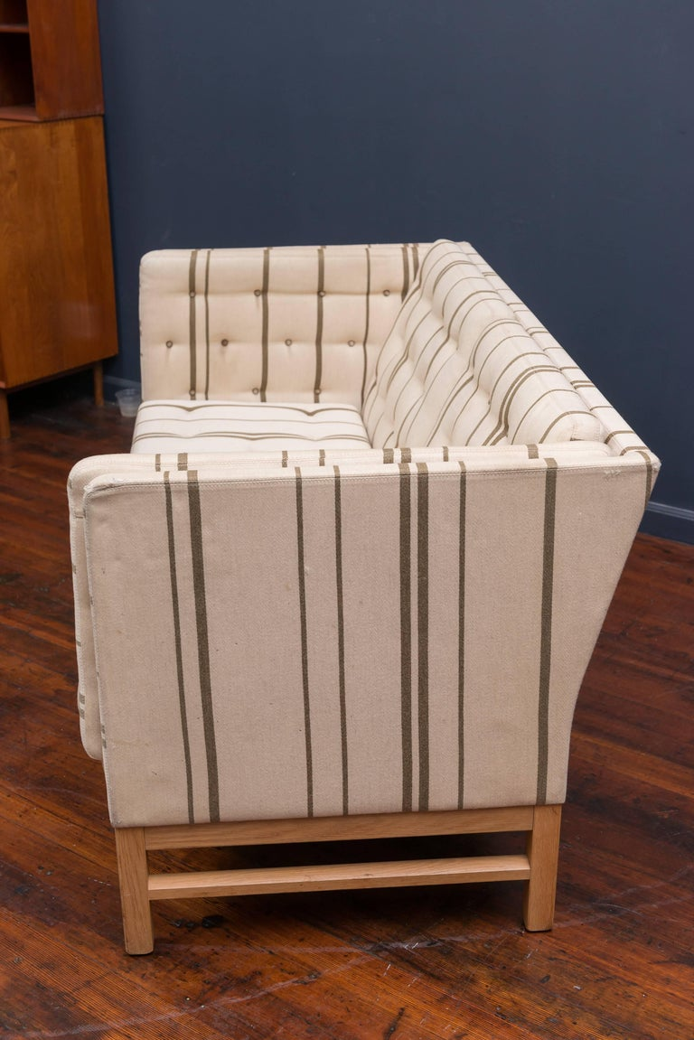 Erik Ole Jørgensen Design Small Sofa In Good Condition For Sale In San Francisco, CA