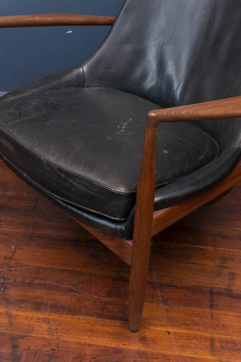 Scandinavian Modern Ib Kofod-Larsen Leather Seal Chair for OPE For Sale