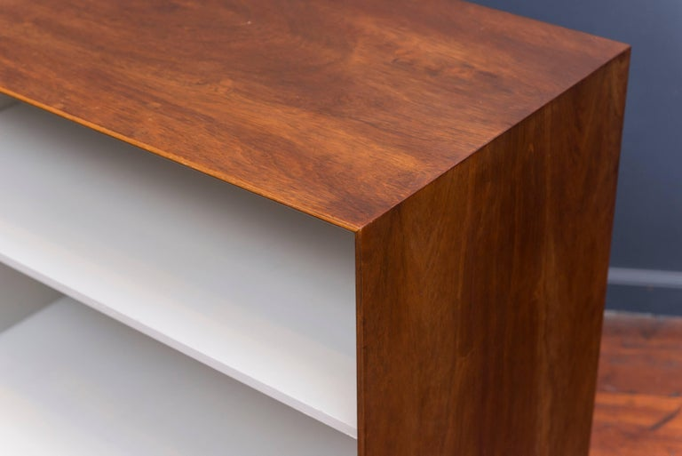 George Nelson Rosewood Thin Edge Book Shelf In Good Condition For Sale In San Francisco, CA