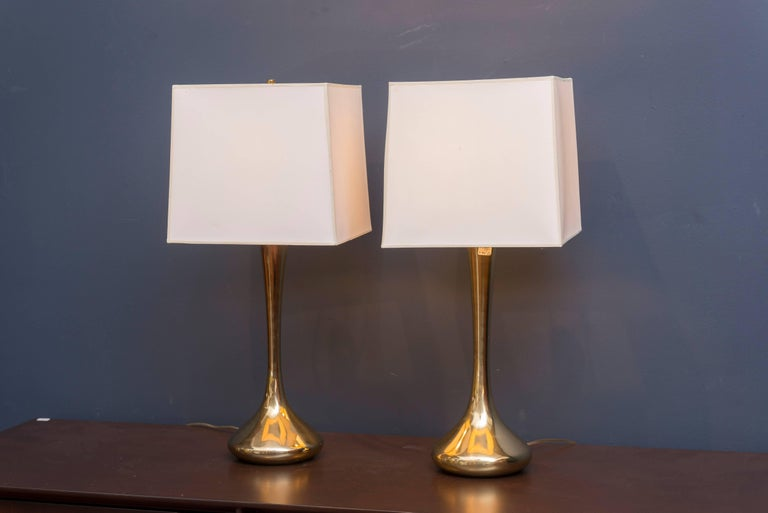 Mid-Century Modern Pair of Brass Laurel Lamps For Sale