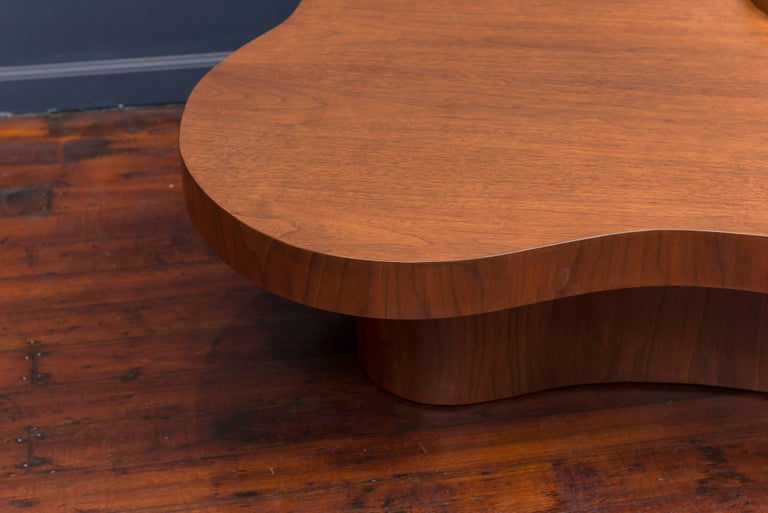 T.H. Robsjohn-Gibbings Mesa Coffee Table, Model 1760-6 4