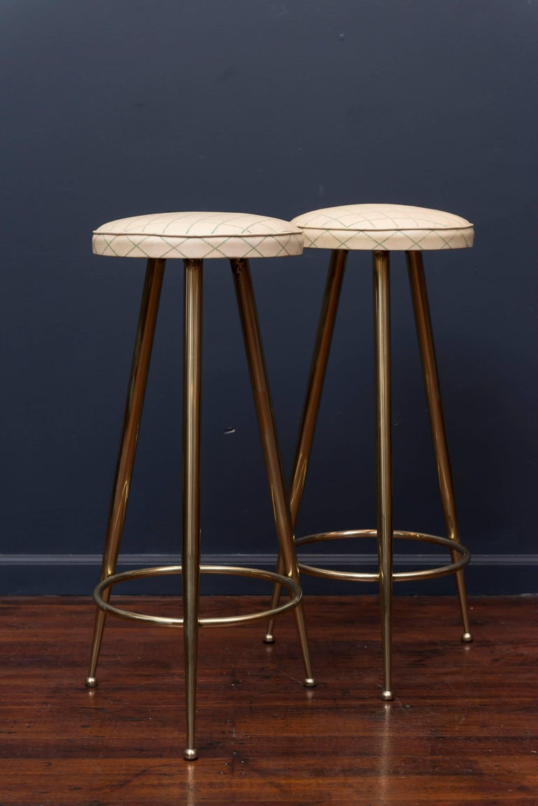 Pair of Brass Barstools, Italy In Excellent Condition For Sale In San Francisco, CA