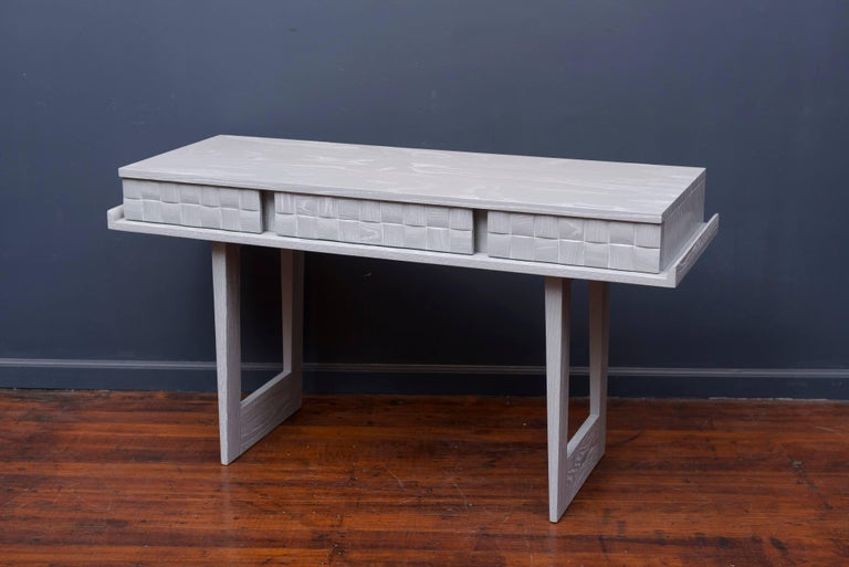 Paul Laszlo Console or Writing Desk In Excellent Condition For Sale In San Francisco, CA