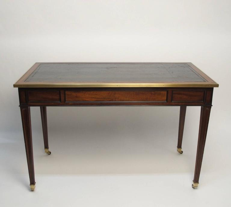 louis xvi style mahogany bureau plat desk at 1stdibs. Black Bedroom Furniture Sets. Home Design Ideas
