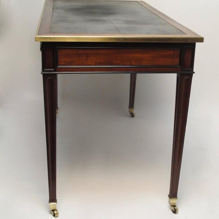 Louis xvi style mahogany bureau plat desk at 1stdibs for Bureau louis xvi