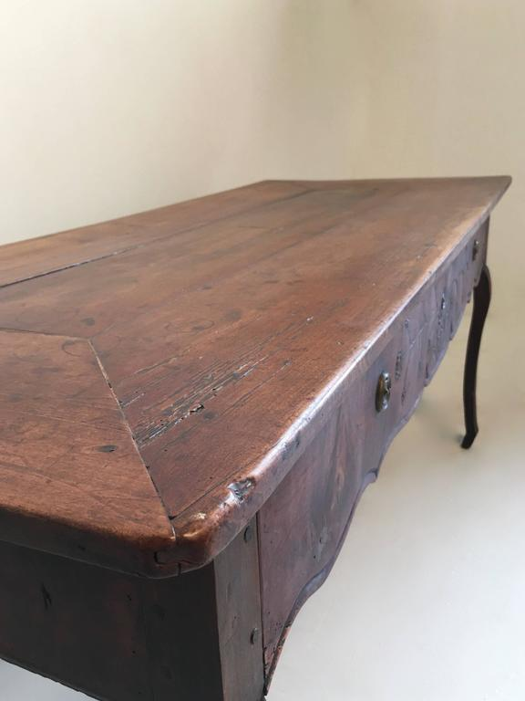 18th century country French  large Walnut Desk /table For Sale 1