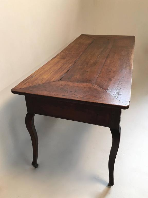 18th century country French  large Walnut Desk /table For Sale 2