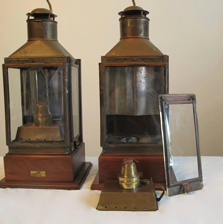 nautical brass ship lanterns lamps for sale at 1stdibs. Black Bedroom Furniture Sets. Home Design Ideas