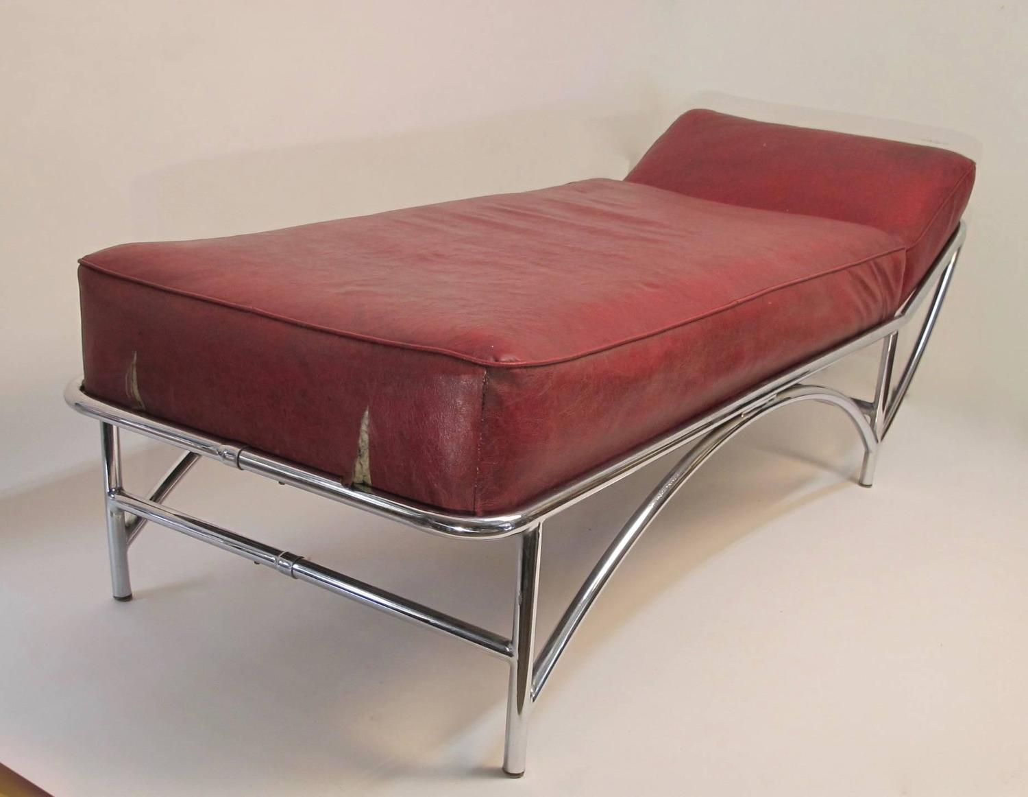 Kem weber art deco chaise daybed for sale at 1stdibs for Art deco chaise longue