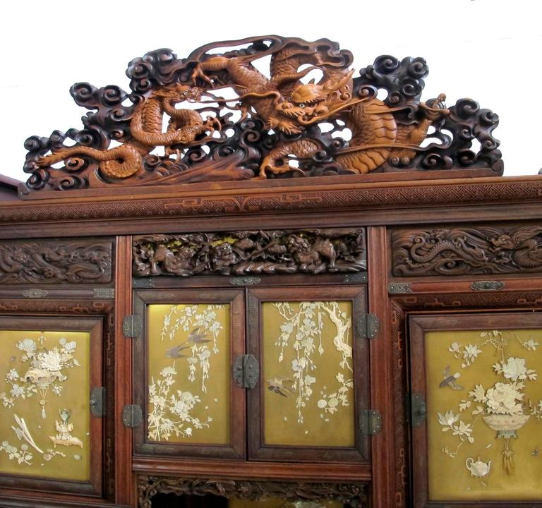 Japanese Shibayama Cabinet, Meiji Period For Sale 1