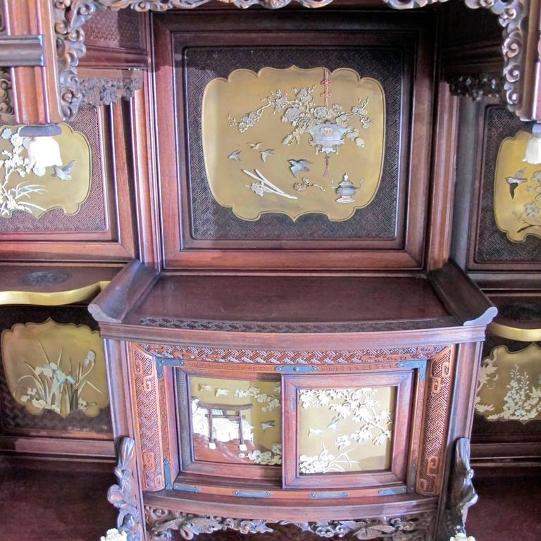 Japanese Shibayama Cabinet, Meiji Period For Sale 2