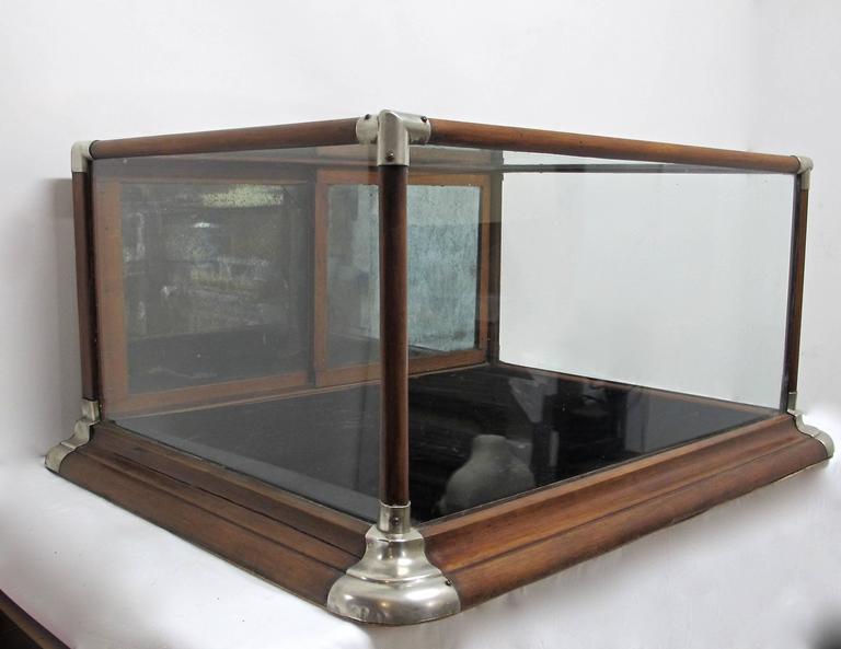 Vienna single door mirrored cabinet