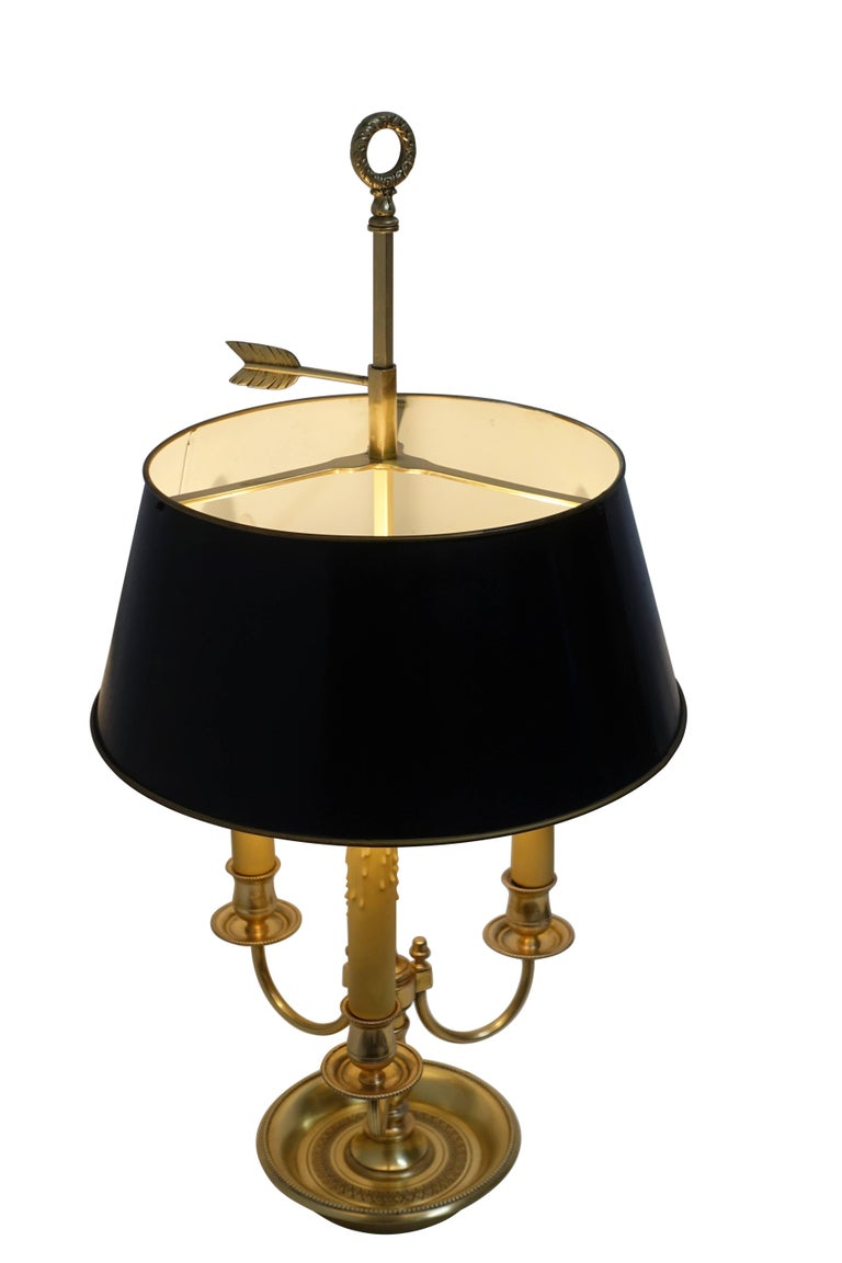 French Louis XVI Style Brass Bouillotte Lamp In Excellent Condition For Sale In San Francisco, CA