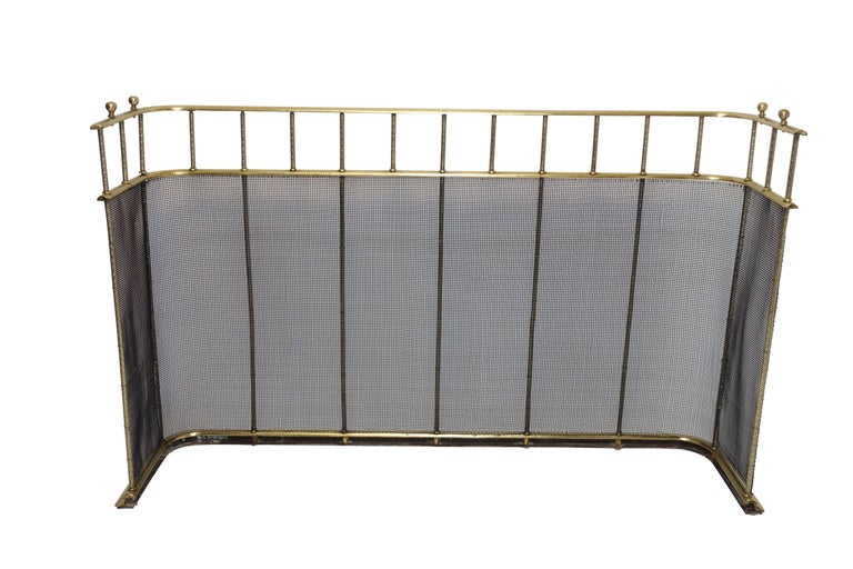Large Brass Fireplace Screen with Repose Supports, England 19th Century For Sale 5